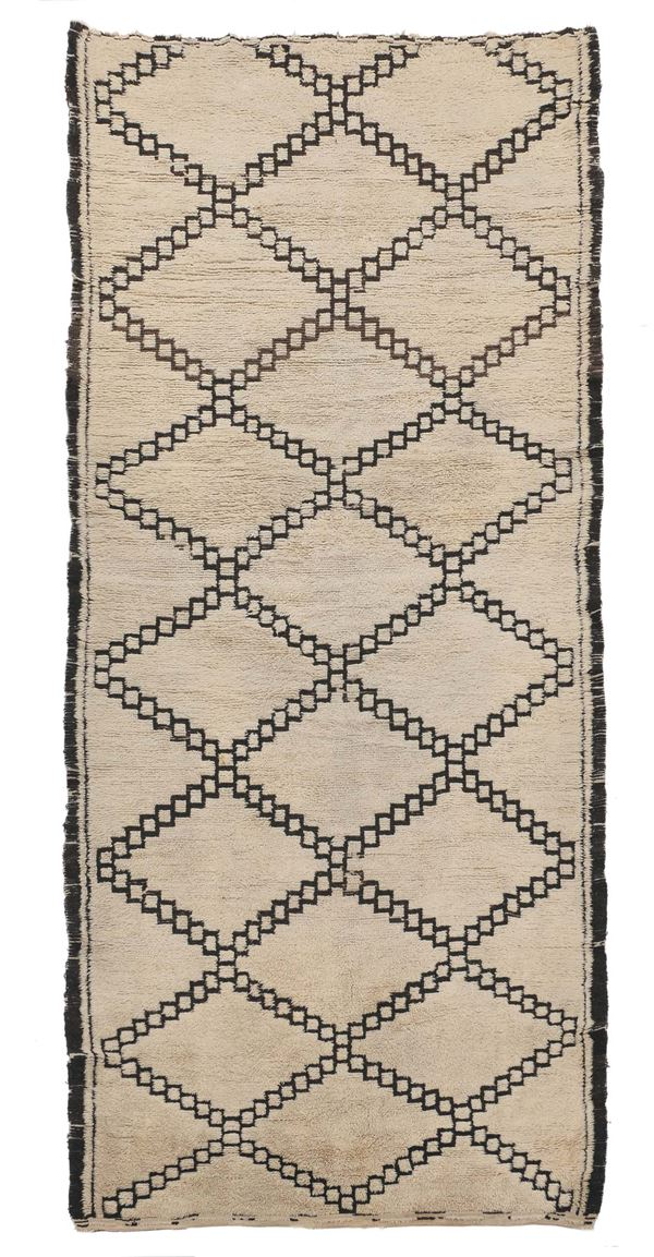 A Nord Europa carpet ( Elsa Gulber) early 20th century.Good condition.