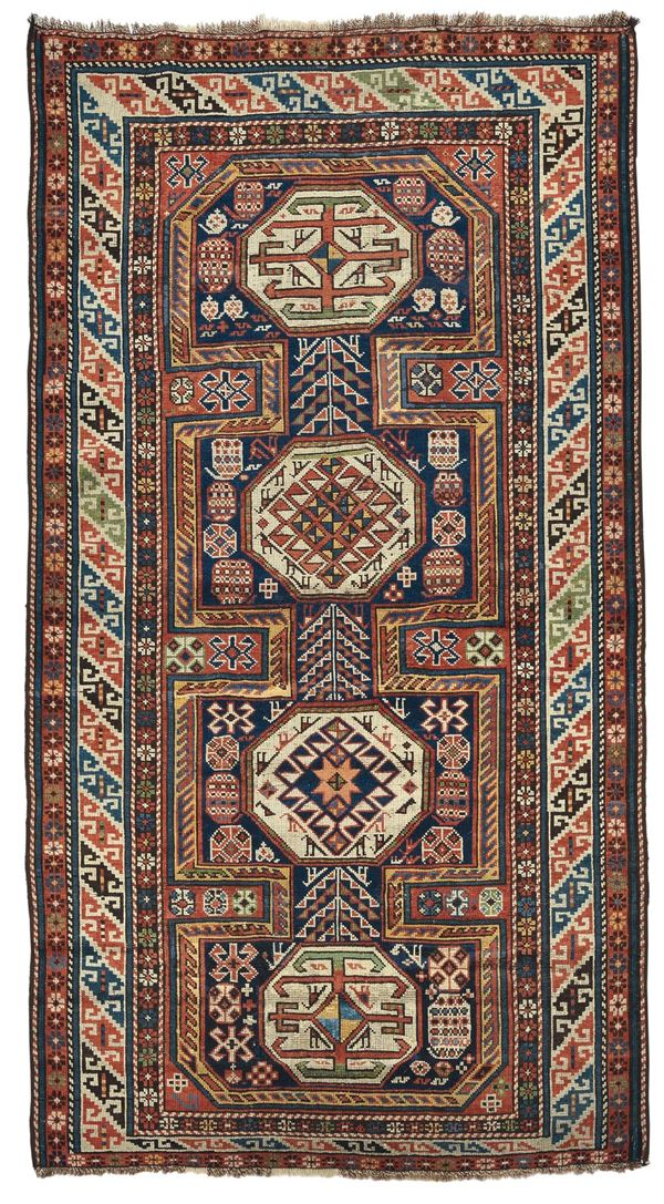A Shirvan carpet caucasus end 19th early 20th century. Good condition.