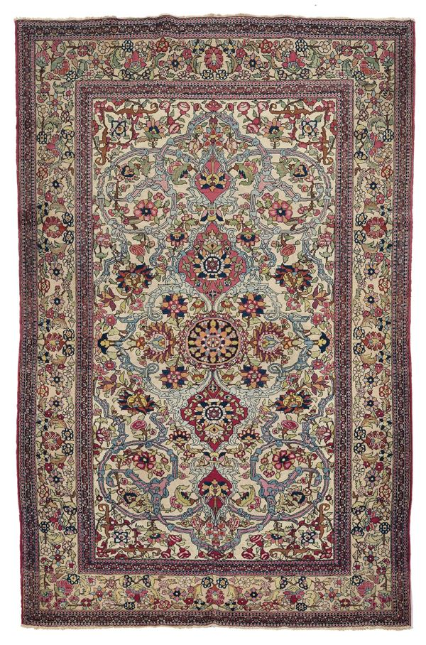 AN Isfahan rug early 20th century. Overall good condition.