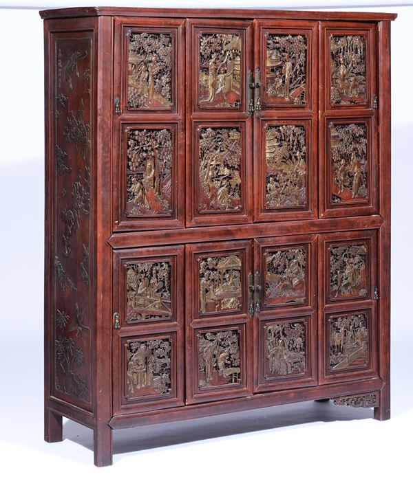 A sideboard with four shutters in sculpted wood with sixteen tiles finely carved, China 19th century