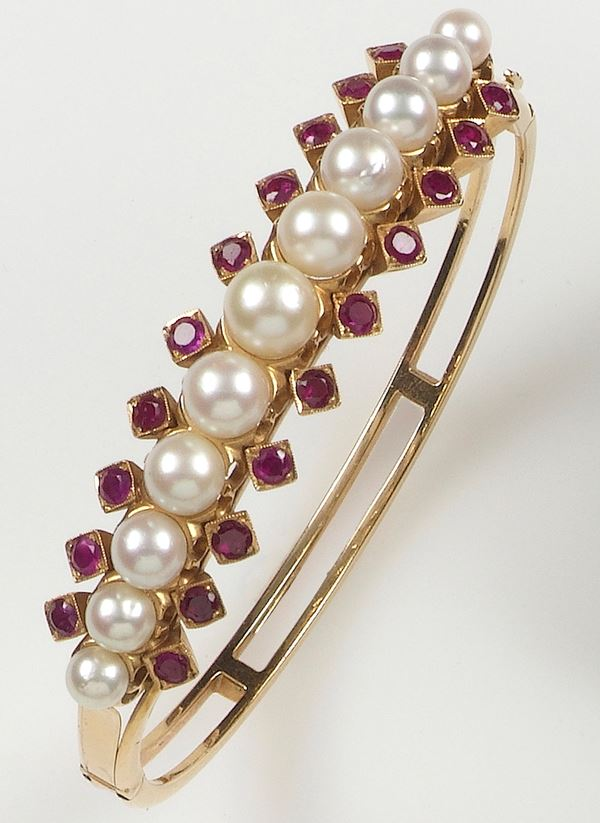 Cultured pearl, ruby and gold bangle