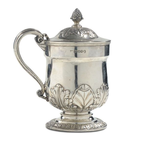 A silver tankard with lid, London 1812