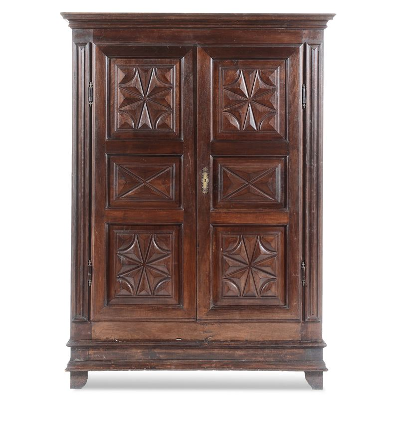 Armadio a due ante pannellate, XIX secolo  - Auction Furnishings from the mansions of the Ercole Marelli heirs and other property - Cambi Casa d'Aste