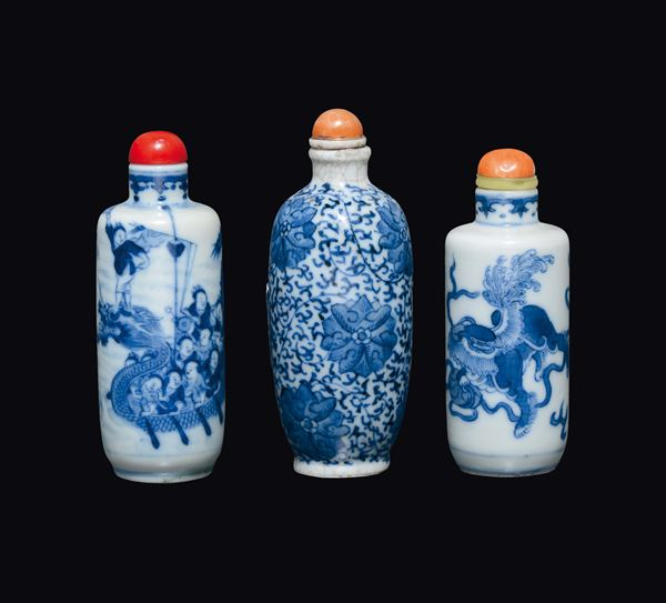 Three blue and white porcelain snuff bottles, China, Qing Dynasty, 19th century