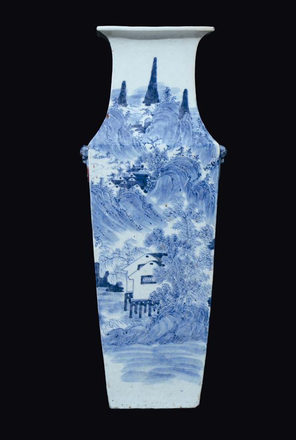 A blue and white squared vase depicting landscape, China, Qing Dynasty, Daoguang Period (1821-1850)