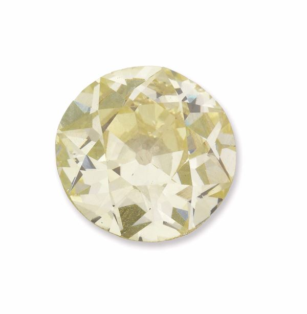 Unmounted old-cut diamond weighing 11,33 carats. R.A.G report n° DR11002/16