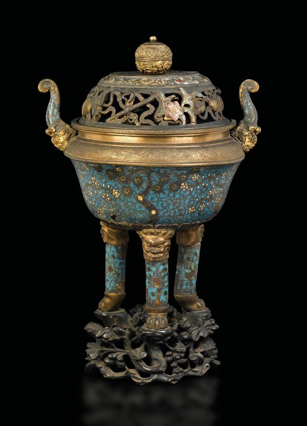 A cloisonné enamel tripod censer and a cover with naturalistic decoration, China, Qing Dynasty, Qianlong Period (1736-1795)