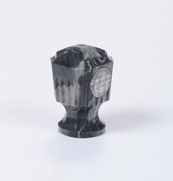 A seal in sculpted agate within a box, 19th century