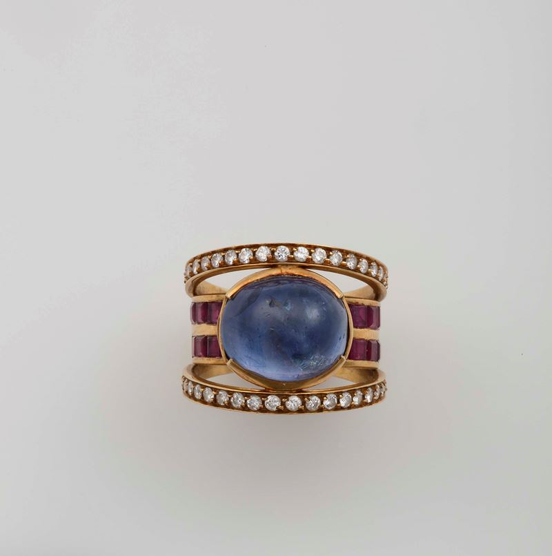 A cabochon - cut sapphire, diamond and ruby ring  - Auction Fine Jewels - I - Cambi Casa d'Aste
