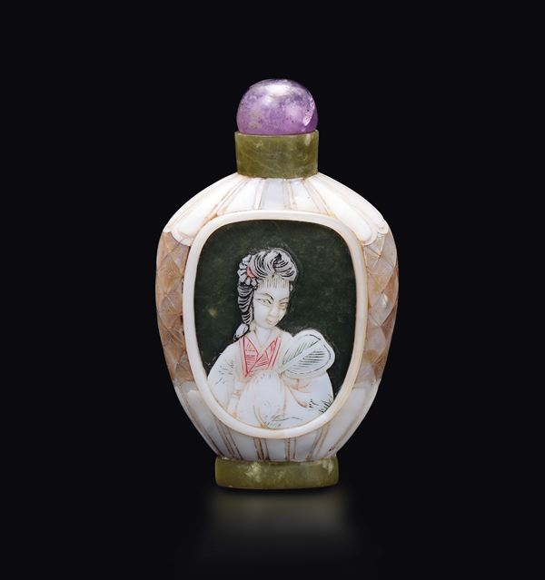 A mother-of-pearl snuff bottle with two Guanyin with fan, China, 20th century