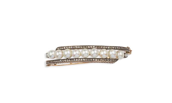 Pearl and rose-cut diamonds bangle set in silver and gold