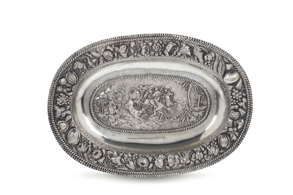 A parade plate in embossed and chiselled silver, Austro-Hungarian empire, 18-19th century