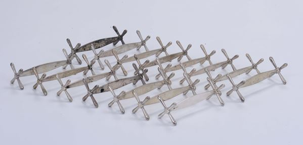A set of eighteen silver cutlery trays, Italy and Germany 20th century