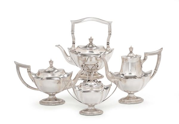 A tea and coffee set in Sterling silver, silversmith Gorham, New York first half of the 20th century