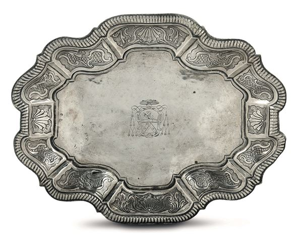 A tray in embossed and chiselled silver, Rome, half of the 18th century, cameral stamp and mark for silversmith Giovanni Bessi (1731-1748)