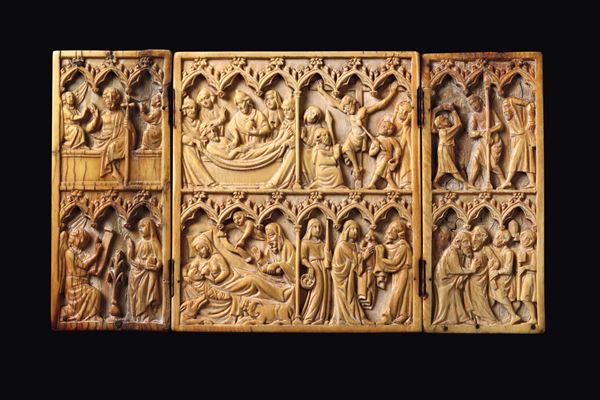 A triptych in carved ivory, transalpine Gothic atelier from the 14th century
