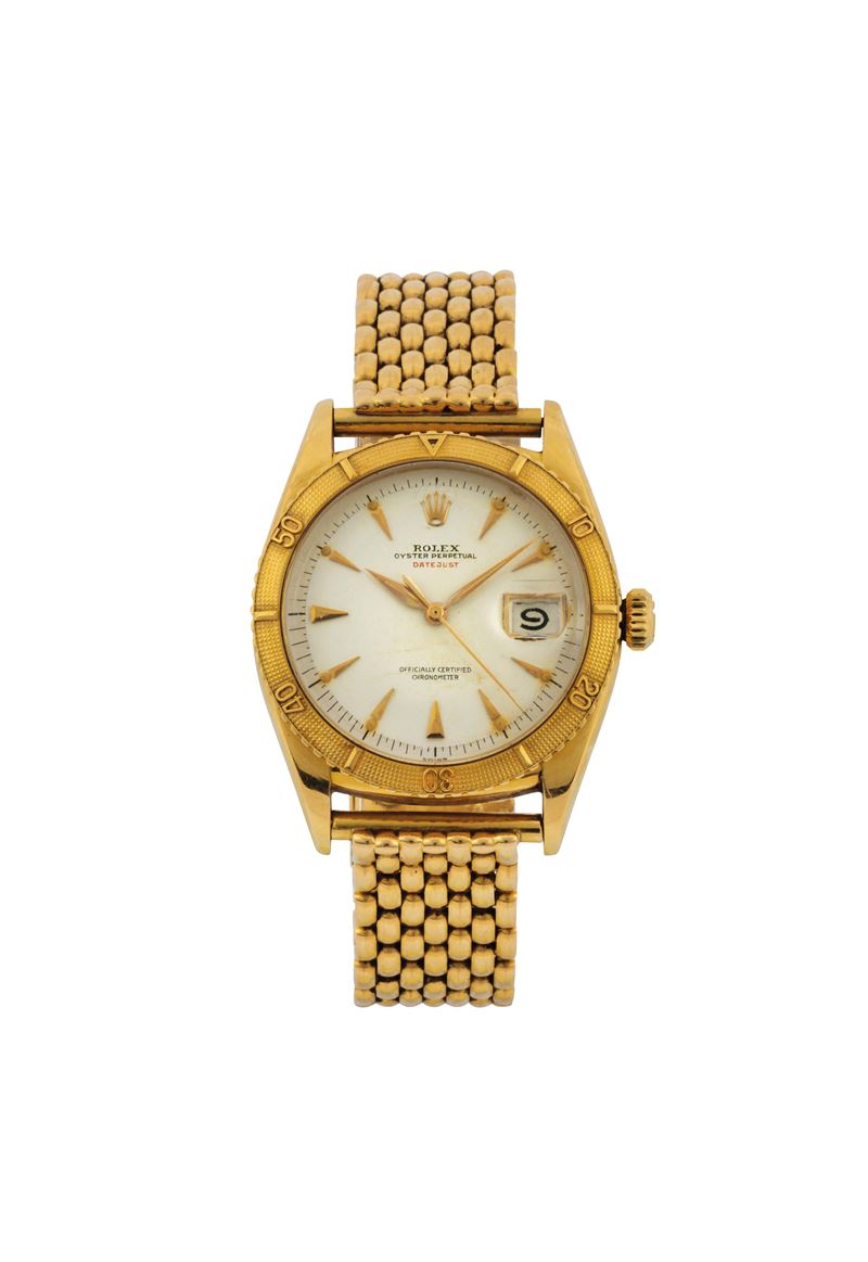 ROLEX, Oyster Perpetual, DateJust, Superlative Chronometer Officially Certified THUNDERBIRD,  case No.74487, REF 6309. Fine and very rare, tonneau-shaped, center seconds, self-winding, water-resistant, 18K yellow gold wristwatch with date and an 18K yellow  gold bracelet with Rolex deployant clasp. Made circa 1950  - Auction Watches and Pocket Watches - Cambi Casa d'Aste