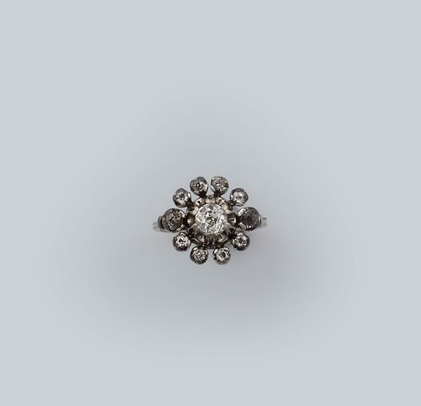 Old-cut diamond ring set in silver and gold