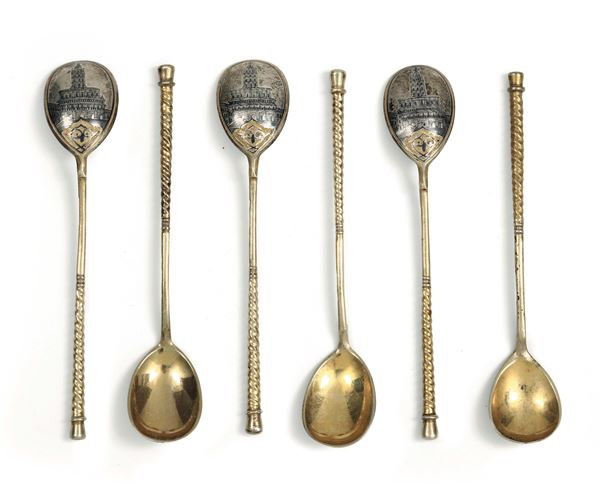 Six teaspoons in molten, embossed, chiselled and gilded silver, Moscow 18.., assayer A. Romanov