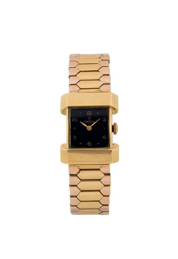 OMEGA, Ref. 10461, very fine and elegant, 18K yellow gold lady's wristwatch with gold bracelet. Made in 1944