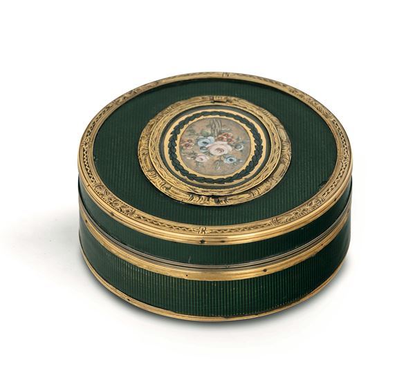 A snuffbox in gold, silver, turtle and enamels, the Netherlands (?), 19th century