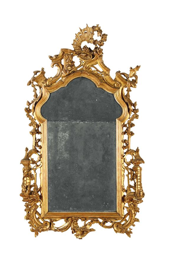 A Louis XV mirror in carved and gilt wood, Venice, half of the 18th century