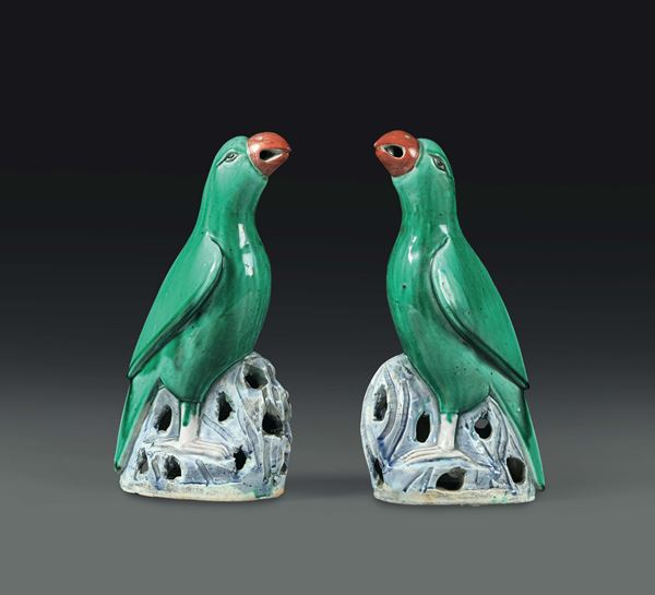 Two parrots in polychrome porcelain, China, Qing dynasty, 19th century