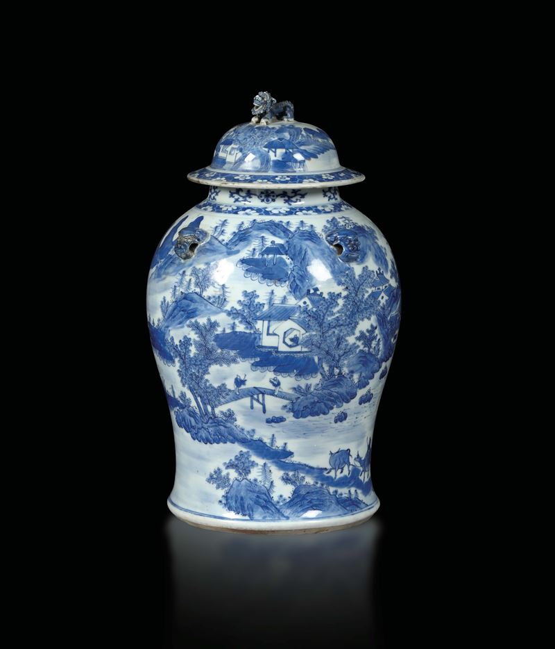 A vase with a scenery, China, Qing dynasty, 19th century  - Auction Taste, Furniture and Residences, An Italian Collection - Cambi Casa d'Aste