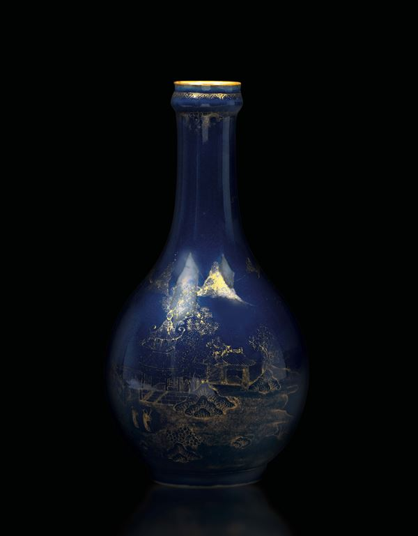 A flask in blue and gold porcelain, China, Qing dynasty, 18th century