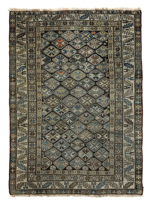 A Caucasian Shirvan carpet from the end of the 19th or beginning of the 20th century.