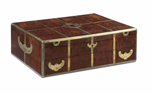 A travel chest in mahogany and bronze, England end of the 18th century