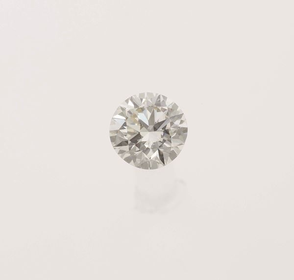 Unmounted old-cut diamond weighing 2.79 carats