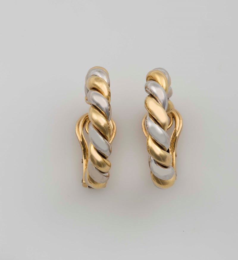 Pair of gold earrings. Cartier  - Auction Fine Jewels - Cambi Casa d'Aste