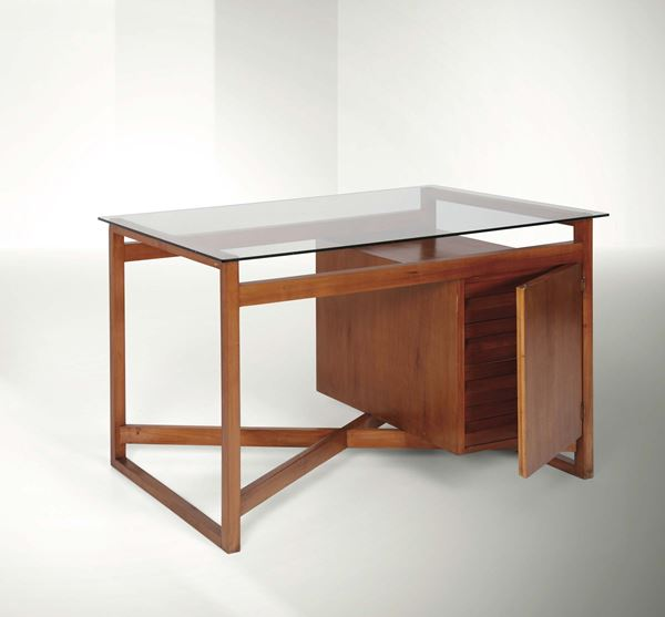 Franco Albini, a desk with a wooden structure and glass top. Italy, 1940 ca. cm 105x76x65