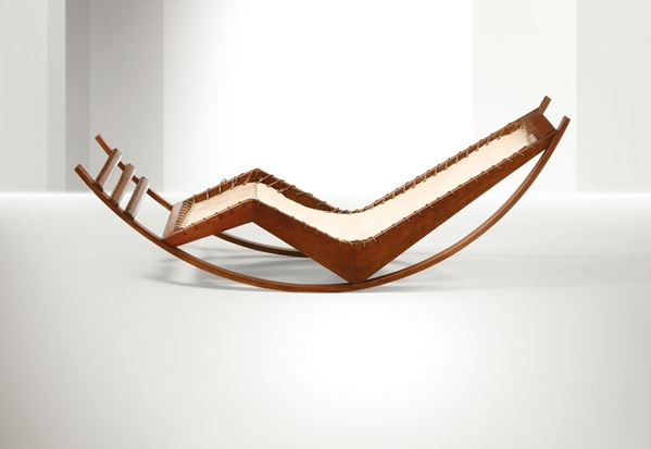 Franco Albini, a chaise longue rocking chair with a wooden structure and seat in fabric and rope, metal details. Presented at the VII Triennale di Milano in 1940. Italy, 1940 ca. cm 188x68x62