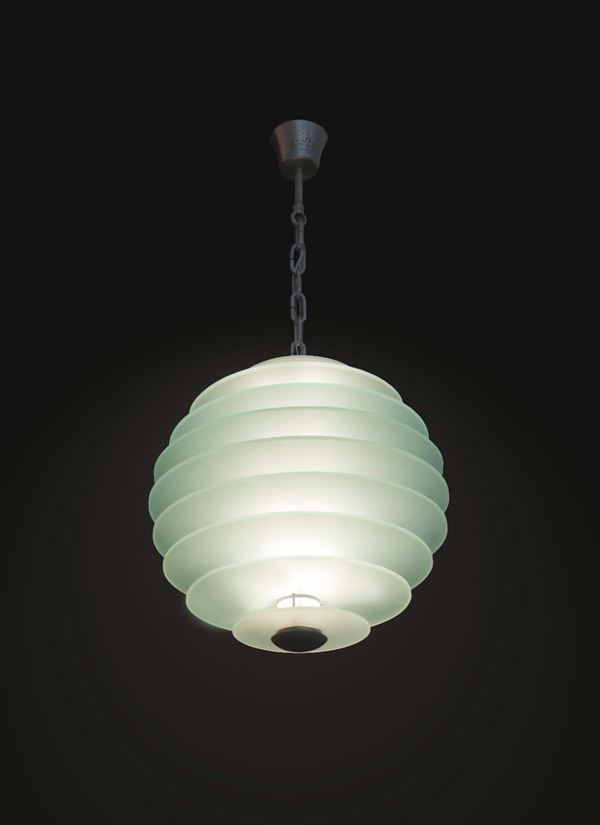 Gio Ponti, a pendant lamp with a chromed metal structure, satin-finished crystal disks and a sanded glass shade. Fontana Arte production, Italy, 1930 ca. cm 45x45