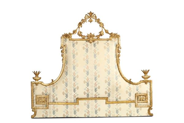 A headboard in carved and gilded wood, end of the 18th century