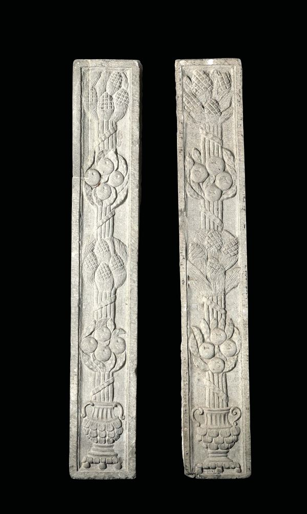 A pair of lesenes in pietra serena. Tuscan Renaissance art from the 15th century