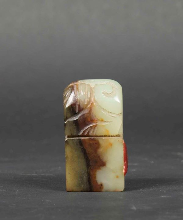 A seal in russet and white jade with engraved decor, China, Qing dynasty, 19th century