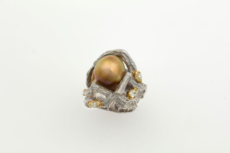 Cultured pearl and diamond ring. Signed Enrico Cirio  - Auction Fine Jewels - Cambi Casa d'Aste