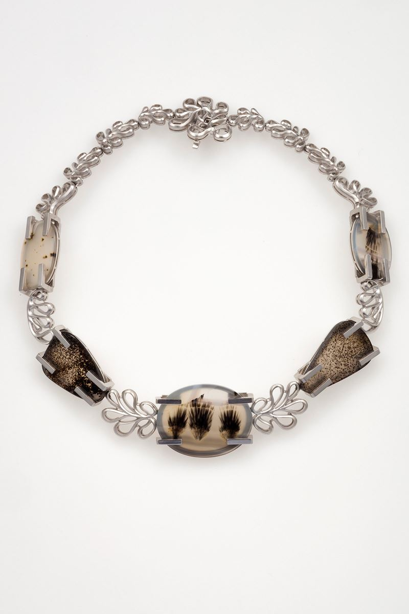 Agate and gold necklace. Signed Enrico Cirio  - Auction Fine Jewels - Cambi Casa d'Aste