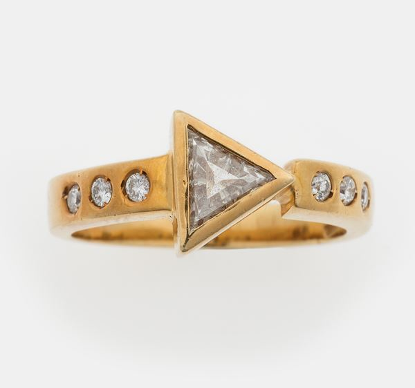 Diamond and gold ring. Signed Faraone