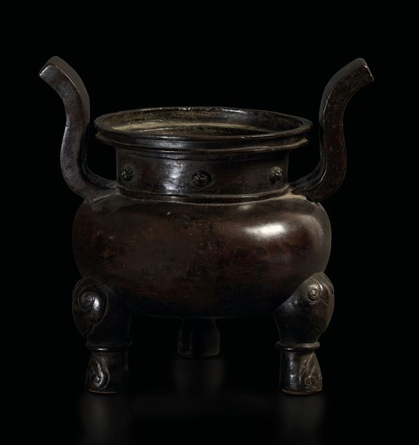 A bronze censer, China, Ming Dynasty, 1600s