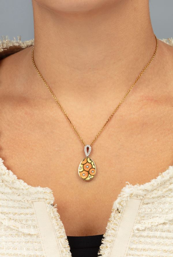 Enamel, diamond and gold necklace. Signed Fabergé