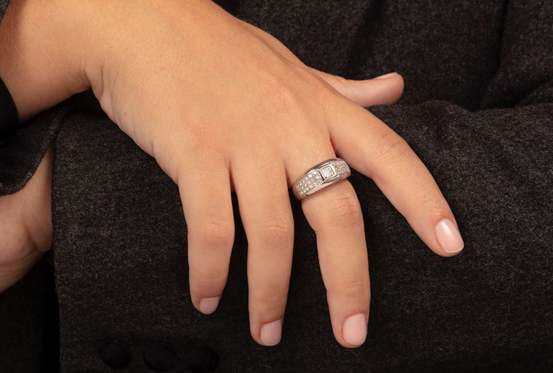 Diamond and gold ring  - Auction Jewels - Cambi Casa d'Aste