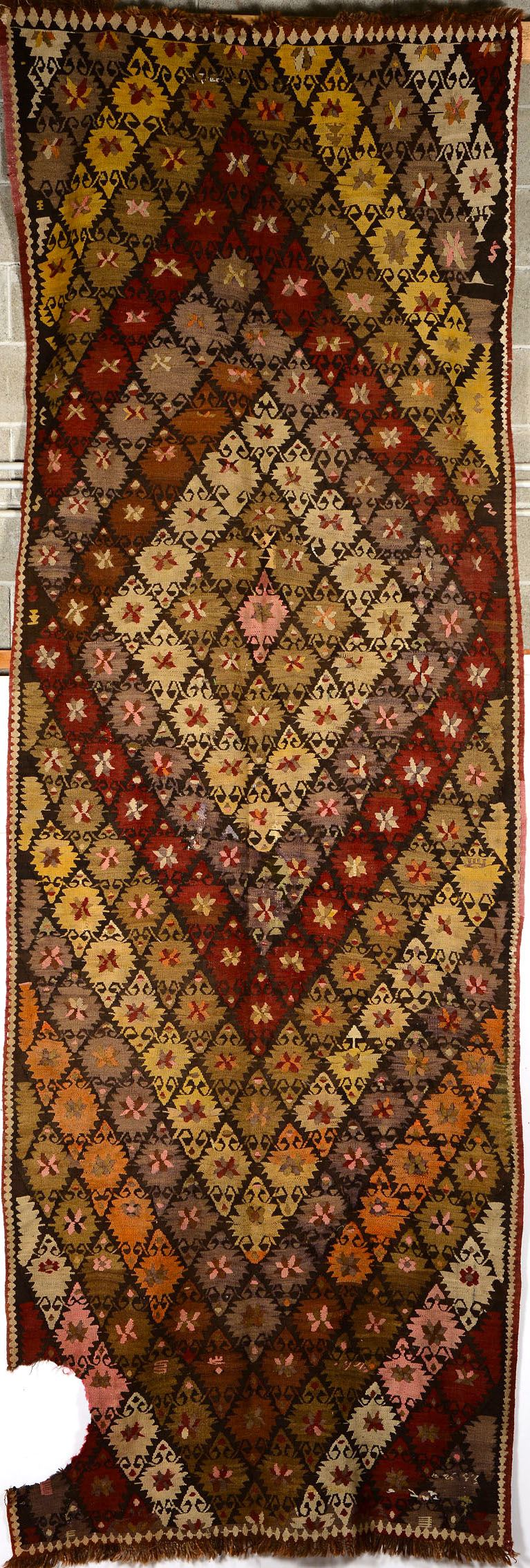 Kilim, Persia fine XIX secolo  - Auction Furnitures, Paintings and Works of Art - Cambi Casa d'Aste