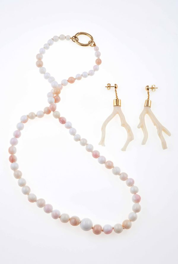 Coral and gold necklace and a pair of earrings