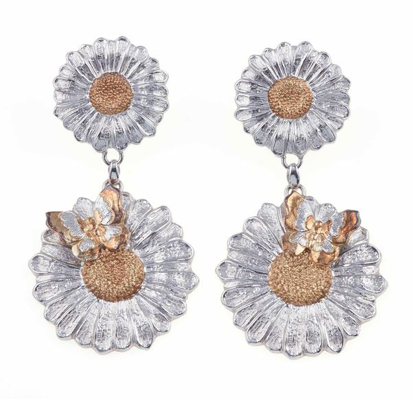 Pair of silver earrings. Signed Buccellati