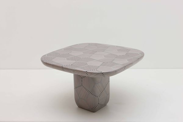 Carapace Table